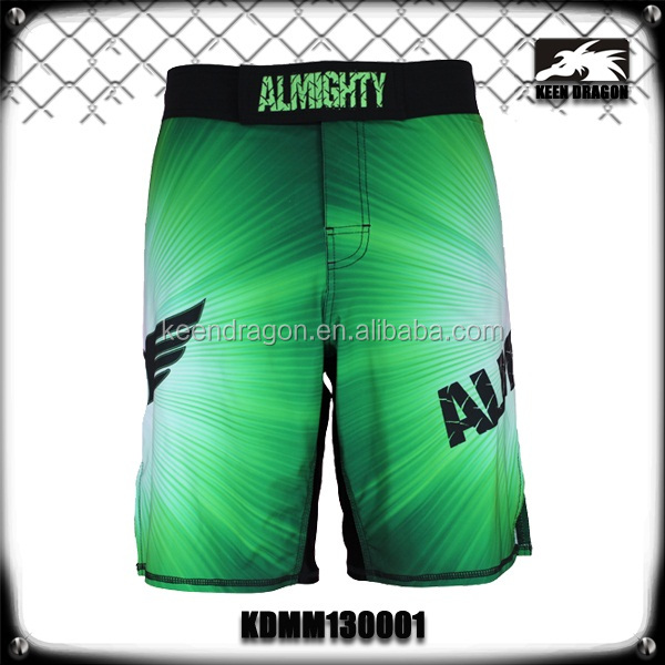 man wear freedom of movement fitness boxing short