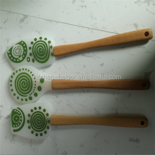 Factory price silicone spatula set with wooden handle for kitchen baking BBQ
