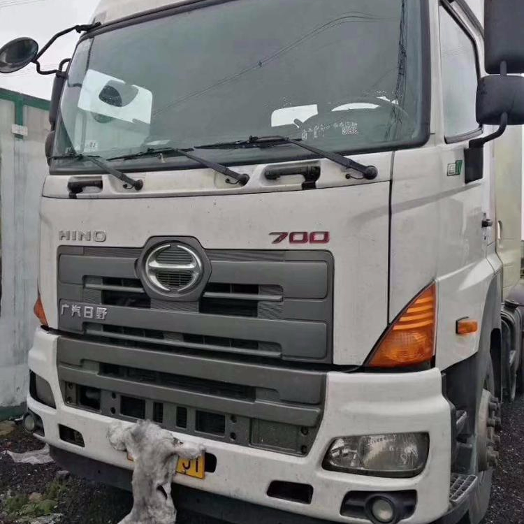 Hot sales 10 wheels 2016 model used HINO truck tractor units for Africa Market
