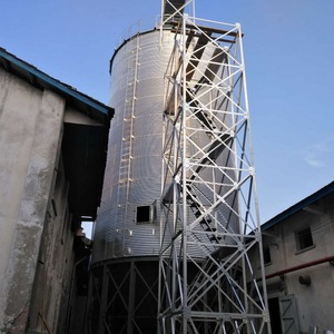 Stock farmer used metal silos bulk feed bins