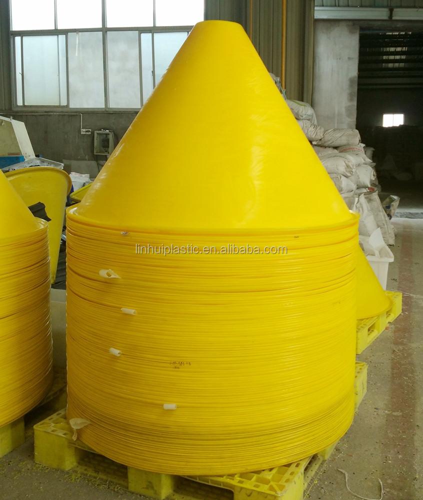 Pe Material Rotomolding Plastic Farm Feed Hopper