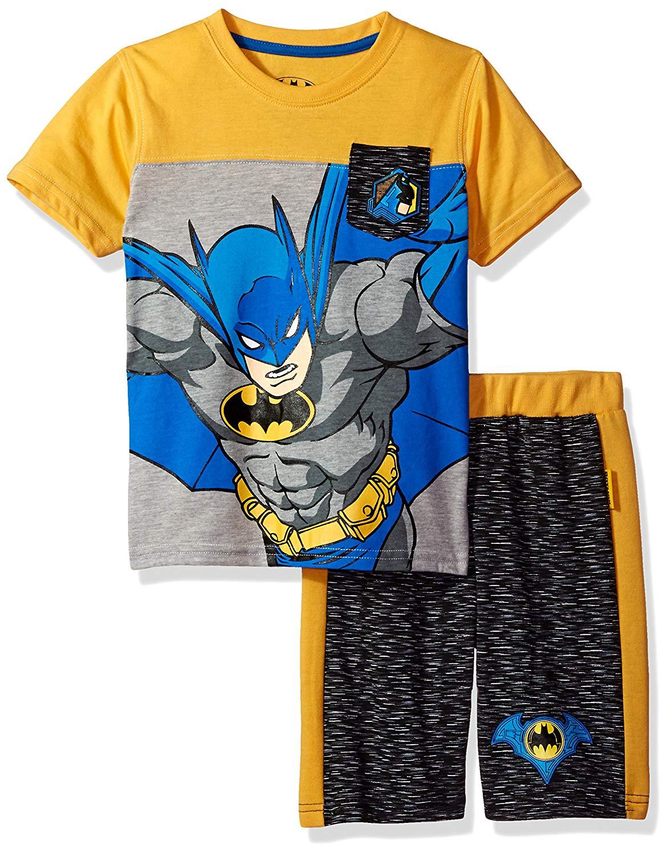 08846116af Get Quotations · Warner Brothers Boys  2 Piece Batman Tee and Short Set
