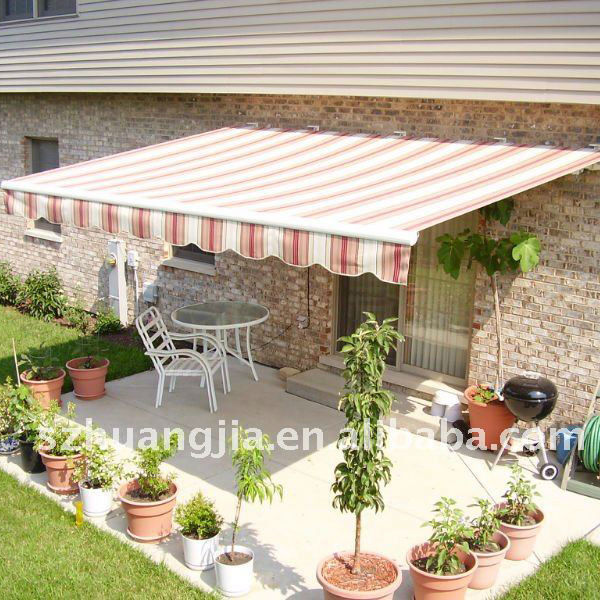 Aluminum free standing large retractable awning