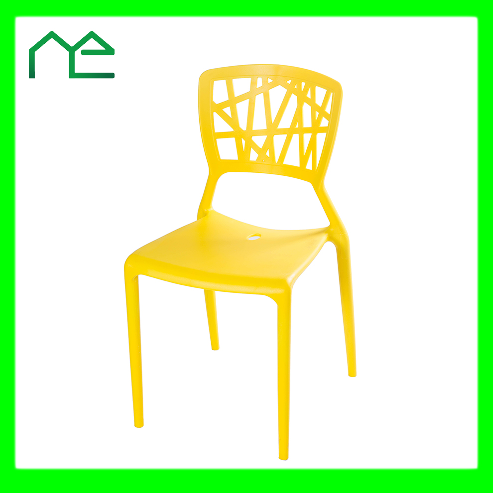2017 New Products Plastic Chair for Restaurant