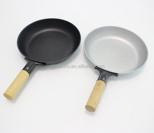 carbon steel dotted decoration cheap frying pan with wooden handle china promotion