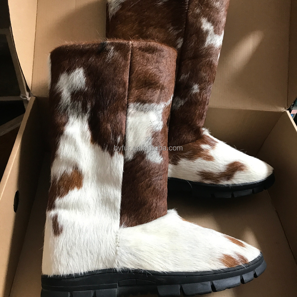 WFur 8201 Natural Cowhide Sheepskin Fur Boots for Women Wool Boots for Warm Wholesale Dropship