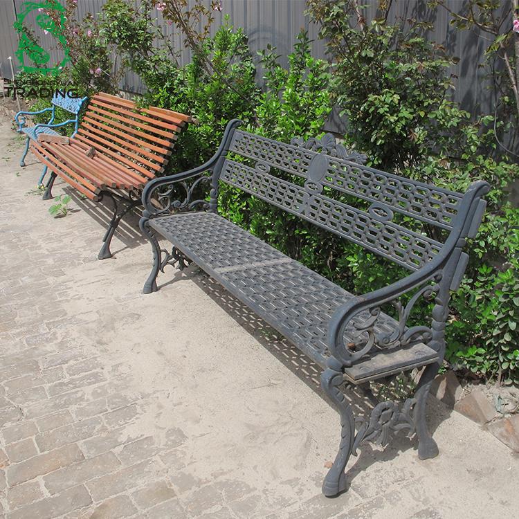 Bancos de jardim Usado Antigo Ferro Forjado