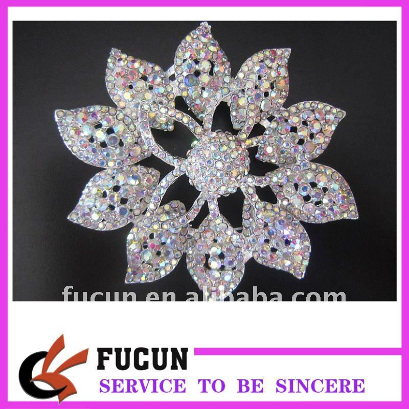 wedding supplies Guangzhou Factory Top grade seeshell clasp brooch