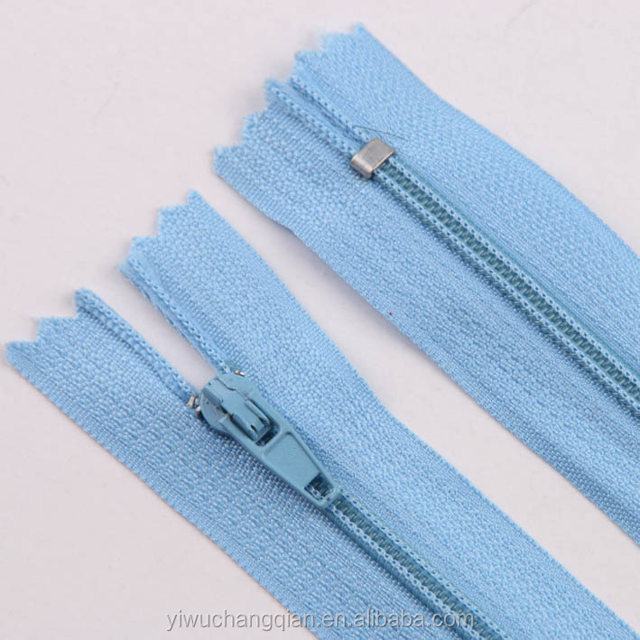 Manufacturer wholesale latest women shoes parts 3# auto lock slider zippers