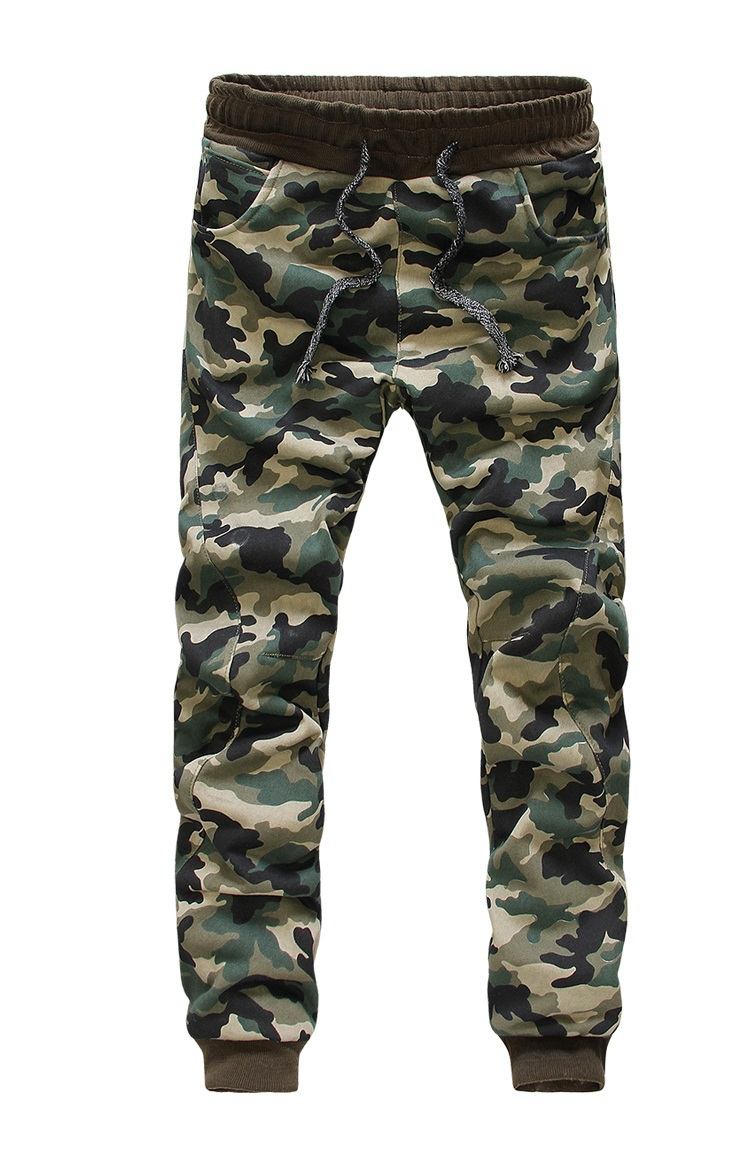 Find men's joggers in all your favorite styles, from classic black joggers that you can rock from the office to the gym to colored joggers in grey, navy, maroon and more. Keep your fashion game in line with men's slim joggers with cuffed ankles.