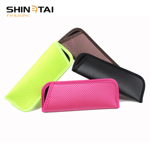 China Manufacturers Custom Size Waterproof Neoprene Sunglasses Pouch Case