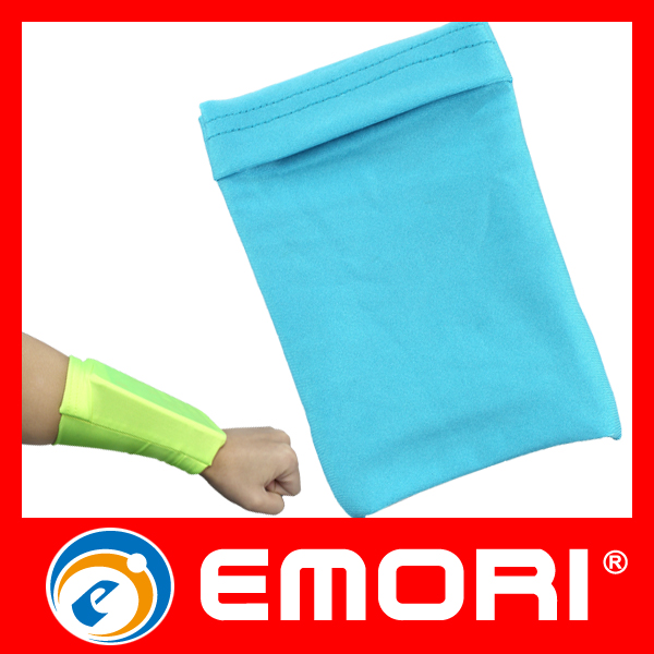 outdoor sports lycra wrist callphone pouch