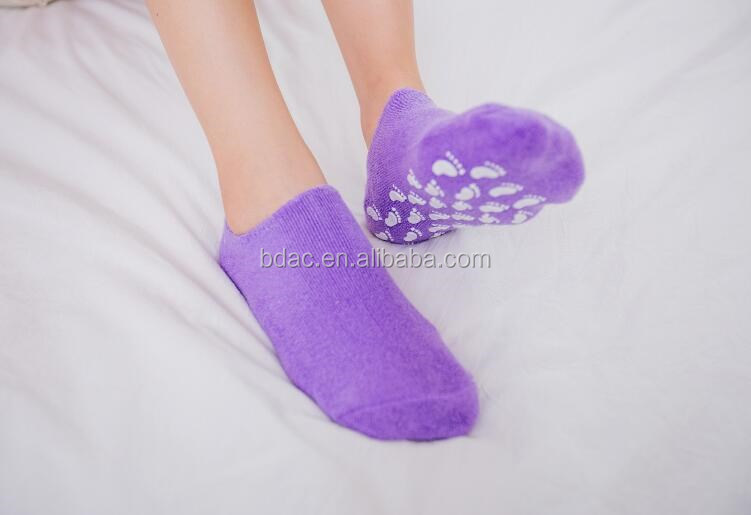 Moisture Retaining Socks