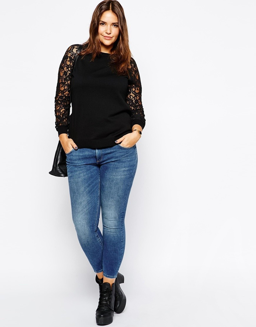 Find plus size women's clothing that fits & flatters you best at Coldwater Creek. Shop a variety of women's plus clothing, from plus tops to bottoms, dresses & more.