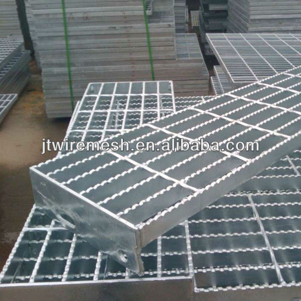 Beau Galvanized Grating Steel Stair Tread/outdoor Stair Tread   Buy Steel Stair  Tread,Stair Tread,Outdoor Steel Stair Product On Alibaba.com