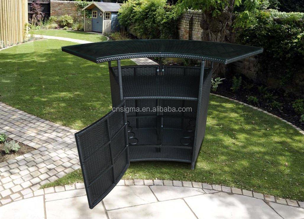 ext rieur jardin patio en rotin maison moderne comptoir de. Black Bedroom Furniture Sets. Home Design Ideas