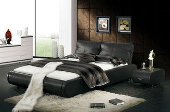 2014 New Design Black Double Leather Bed Was Made From Solid Wood Frame And Genuine