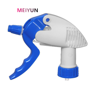 Plastic foam trigger sprayer with adjustable foam nozzle