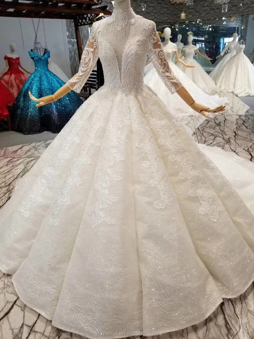 Deep V Neck Sexy Wedding Dresses With Long Sleeves Puffy Folds Ball Gown Bride Dress