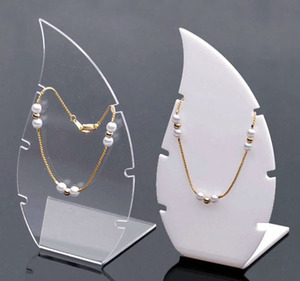 Luxury Magnetic Jewelry Display Necklace And Bracelet Holder Acrylic Display Stand Jewelry Organizer