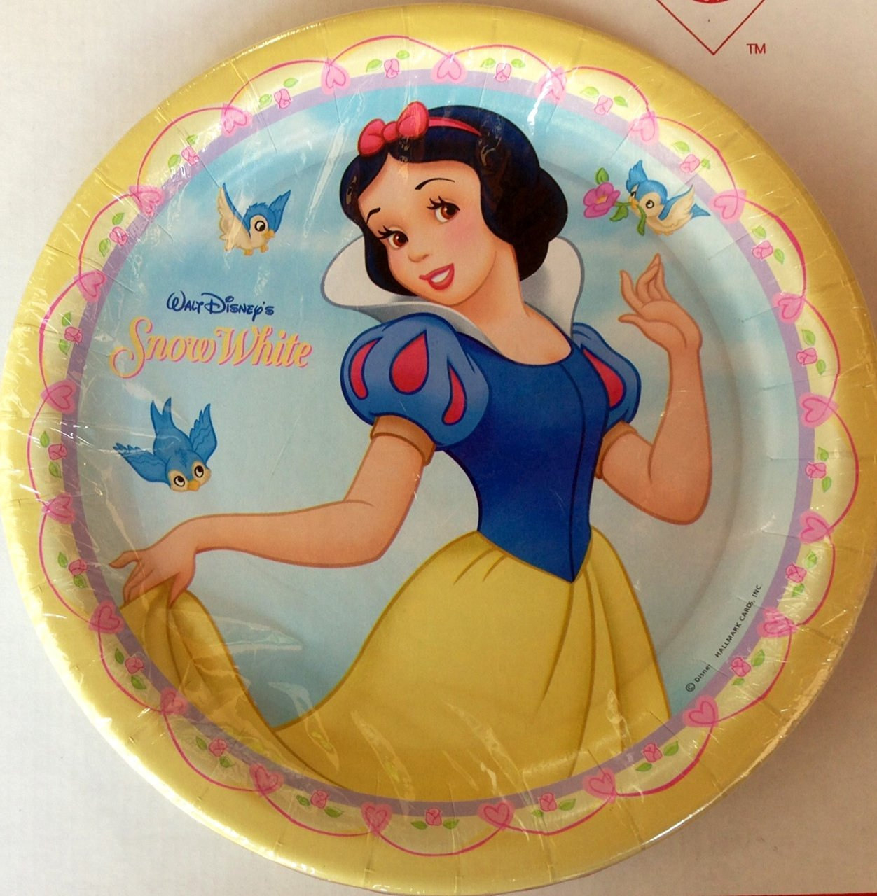 Disney Princess Beautiful Snow White Party Plates - 8ct Dinner Plates