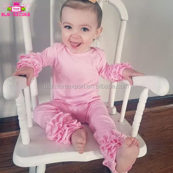 Estilo Español Hermoso Bebé Niña Rosa Y Blanco mameluco.