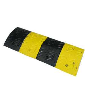 1000mm yellow & Black traffic spikes road barrier and tyre killer Speed Rubber Hump Bump