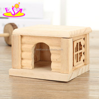 2017 New products indoor pet activity room mini nature wooden pet house toy W06F026