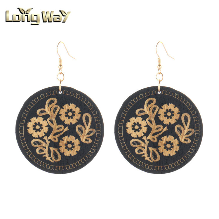 2019 new fashionable exaggerated wood earring with tassel