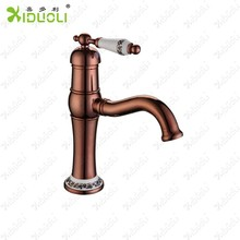 bagni e servizi igienici mobili lavello rubinetti