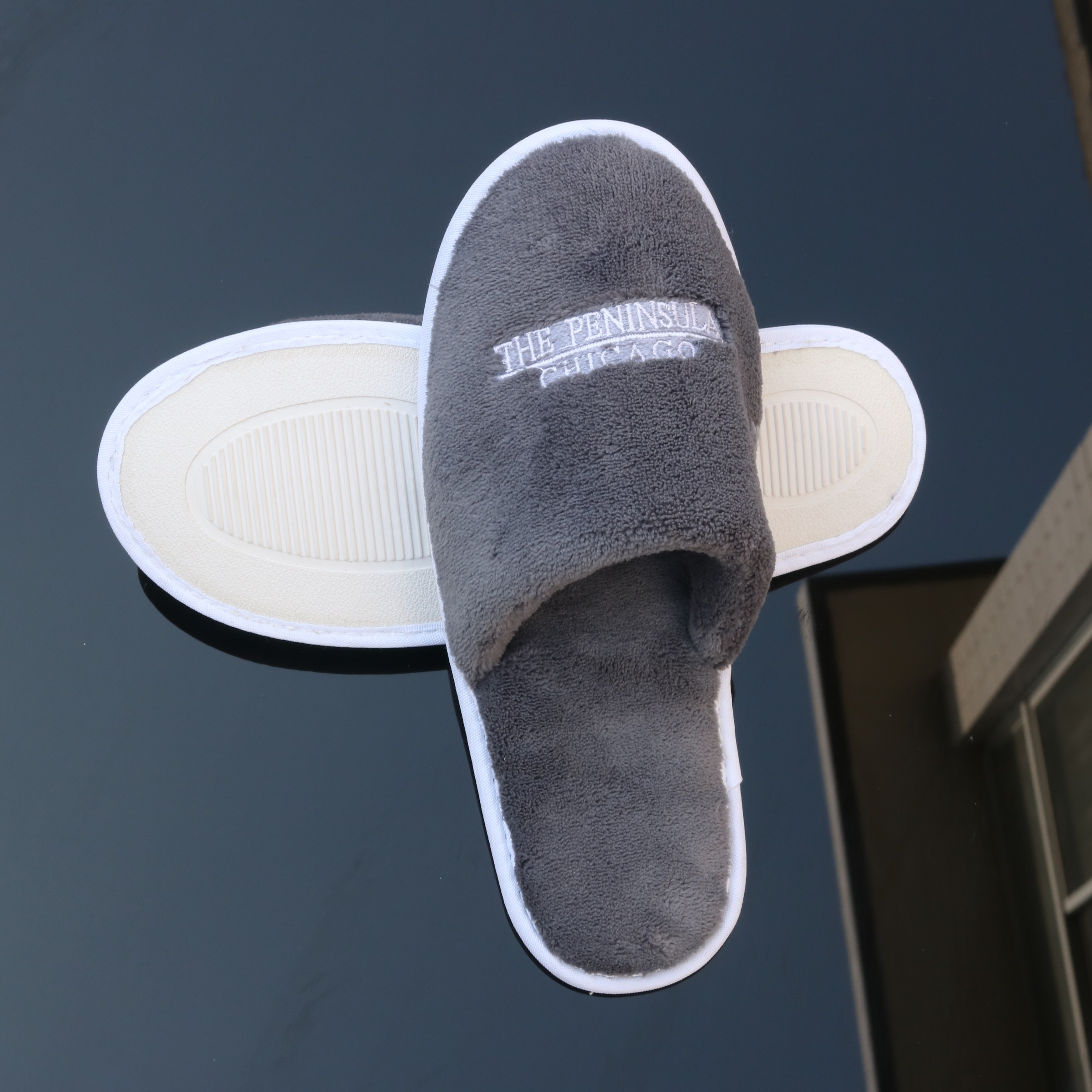 hotel amenities hotel slippers Top quality soft coral fleece slippers for 5 star hotel