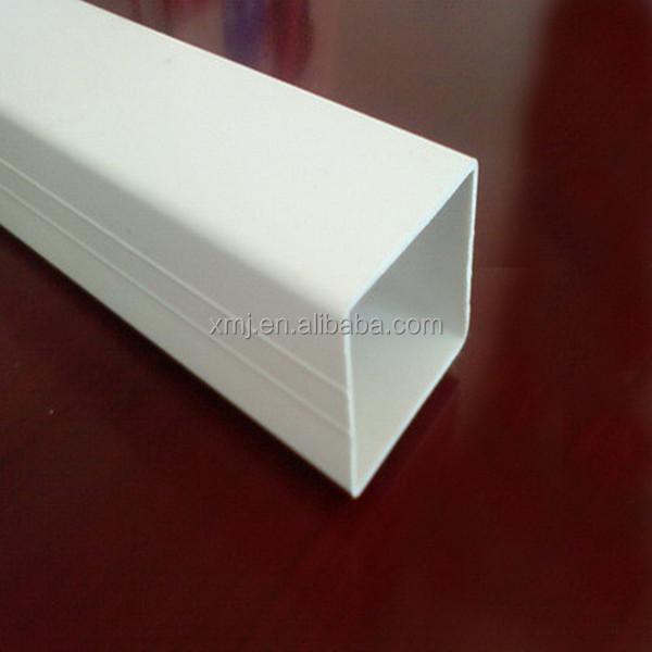 Extrusion solide blanc en plastique pvc rectangulaire