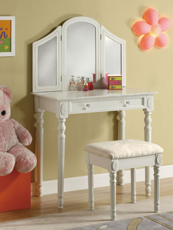 New Dressers With Mirror Makeup Dresser Stool Dressing Table Bedroom