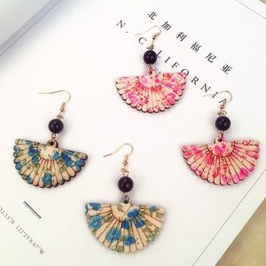 Fashion simple antique patina wooden fan earrings earrings earrings sweet and lovely female models first-hand source