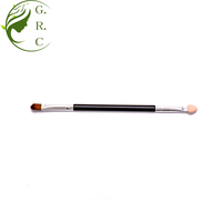 Double-end brushes professional disposable dual sided oval tipped eyeshadow sponge brush makeup applicator dual end makeup brush