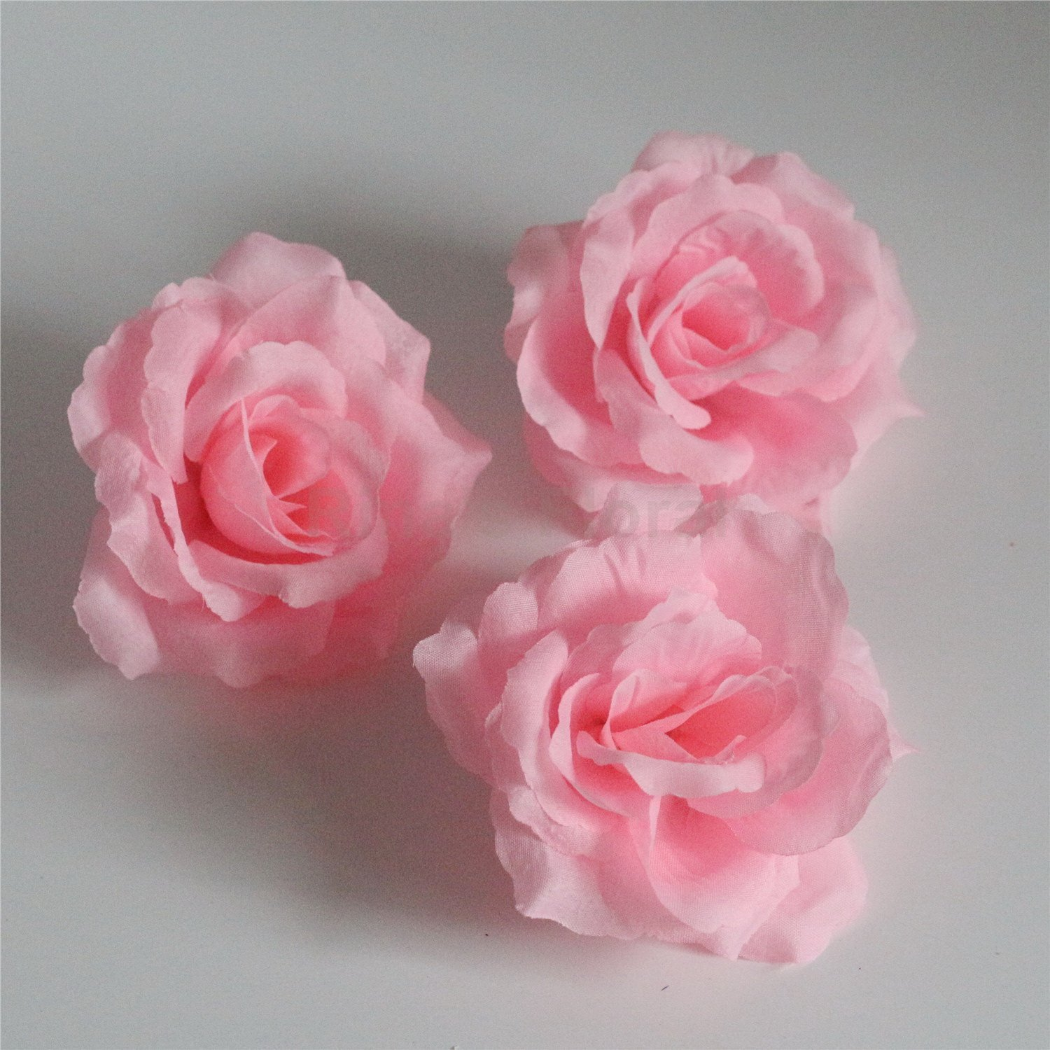 Silk Flowers Wholesale 100 Artificial Silk Rose Heads Bulk Flowers 10cm For Flower Wall Kissing Balls Wedding Supplies (Pink)