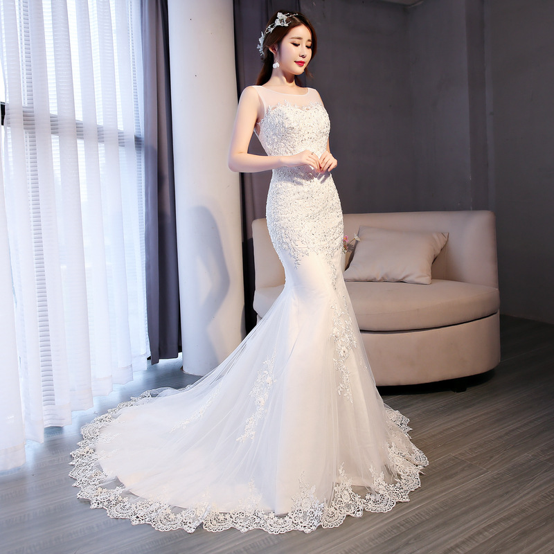 Alibaba.com / 2018 Promotion Lace Flower Beaded Low Back Mermaid Fish Tail Bridal Gown