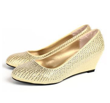Champagne light gold color female party wedding shoes on ...