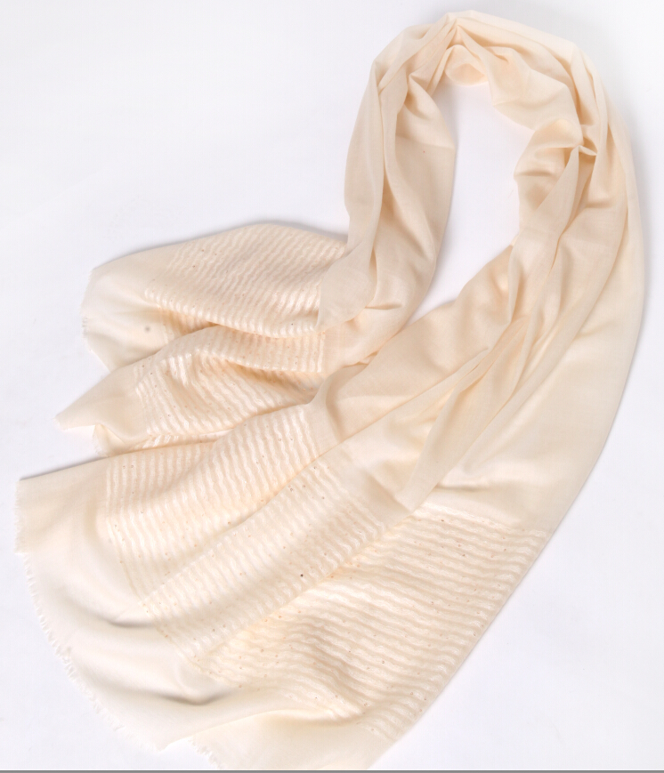 pure mongolian wool scarf for women fashion accessory