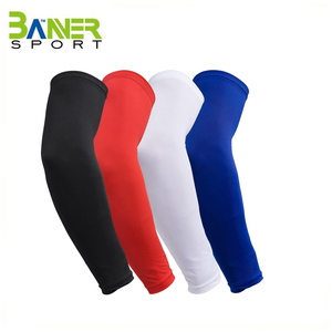 Non-slip silicone strip arm sleeve elbow brace cycling batting sports customized arm sleeve