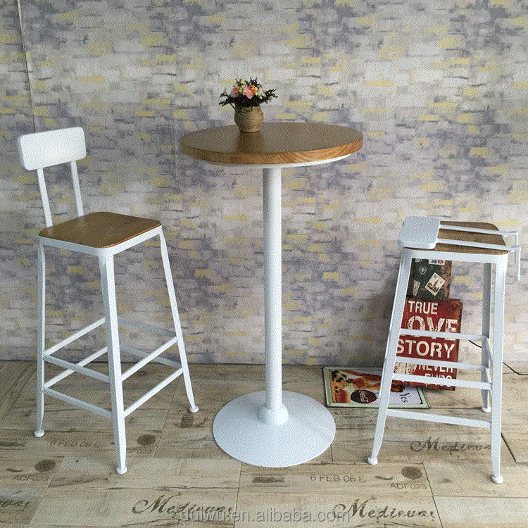 Foshan gold supplier bar furniture Triumph industrial iron Barstool for sale