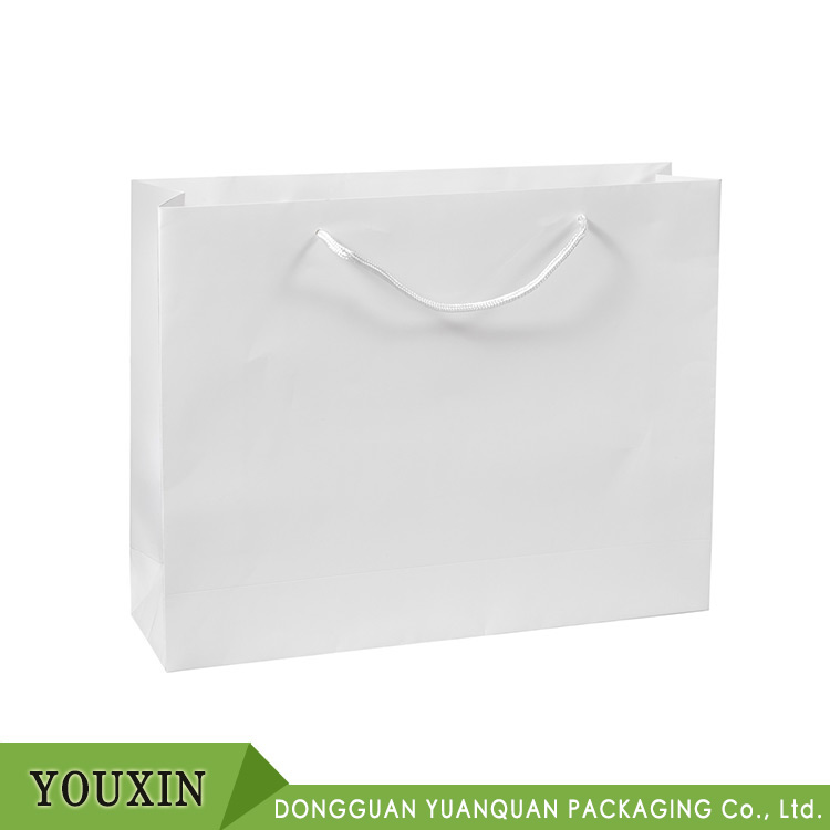 Best-selling Laminated Gloss White Paper Bag Large With Rope Handle