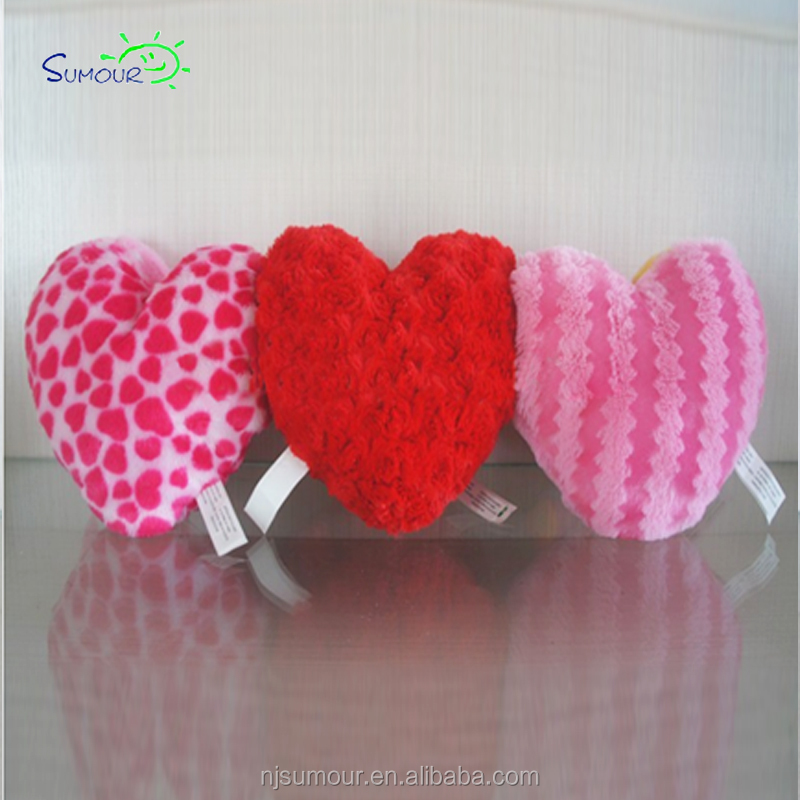 Different kinds of custom colored love heart shaped pillow travel neck pillow
