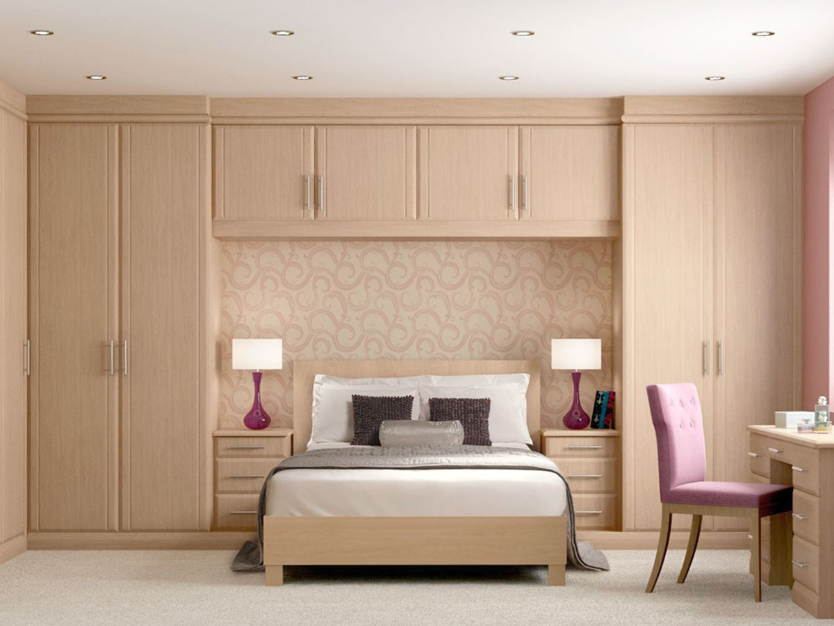 Built In Wardrobes With Sliding Frosted Glass Door Bedroom ...