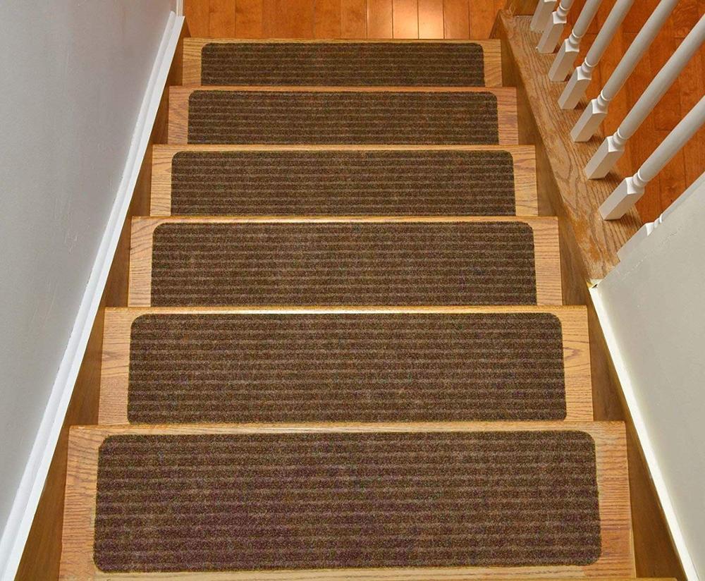 детали, для какой лестницы понадобится более длинный ковер смотри рисунок краска