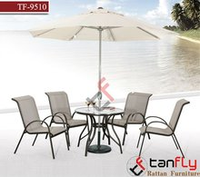 Modern PE rattan garden dining set with umbrella outside furniture