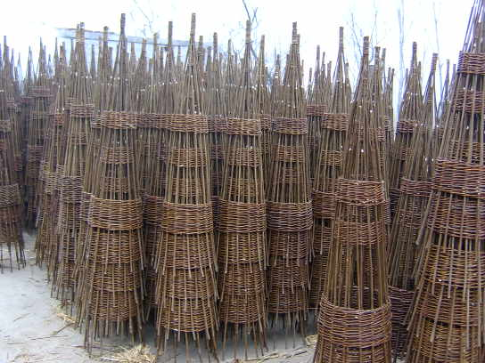 Willow Garden Iron Obelisk, Willow Garden Iron Obelisk Suppliers And  Manufacturers At Alibaba.com
