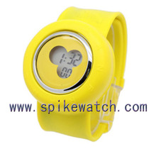 Top selling yellow color digital silicone wrap fashion kids slap watches