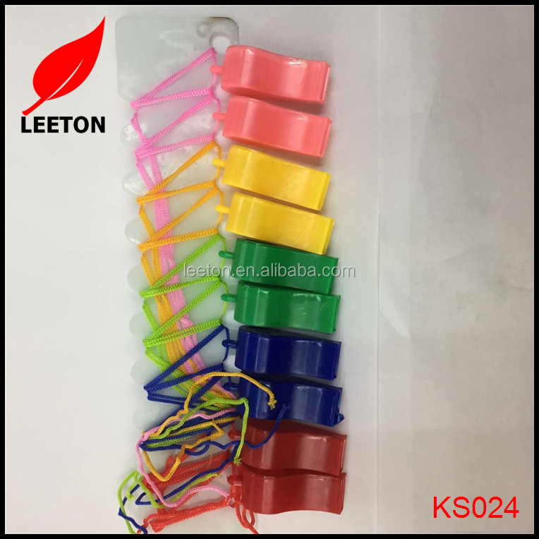 Factory supply cheap promotional gift colorful plastic whistle with lanyard