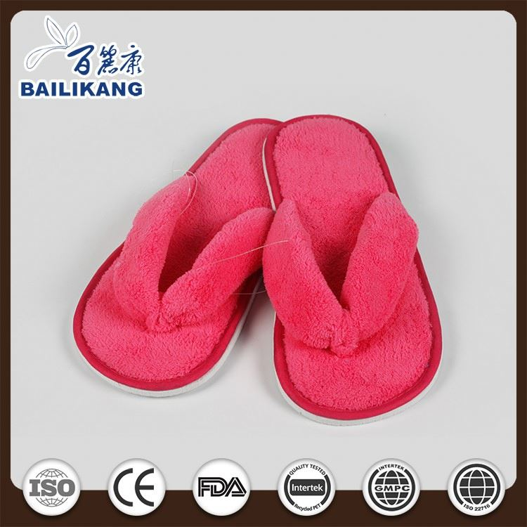 2016 new design printed cotton fabric slippers with soft sole hotel and home slippers